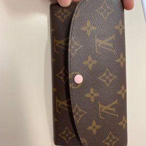Louis Vuitton Emilie Monogram Wallet 😍😍😍😍😍